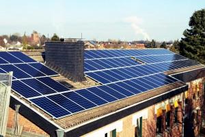 Solaranlagen vom Meisterbetrieb - Dachbeschichtungen Neufeld und Dachdeckerei