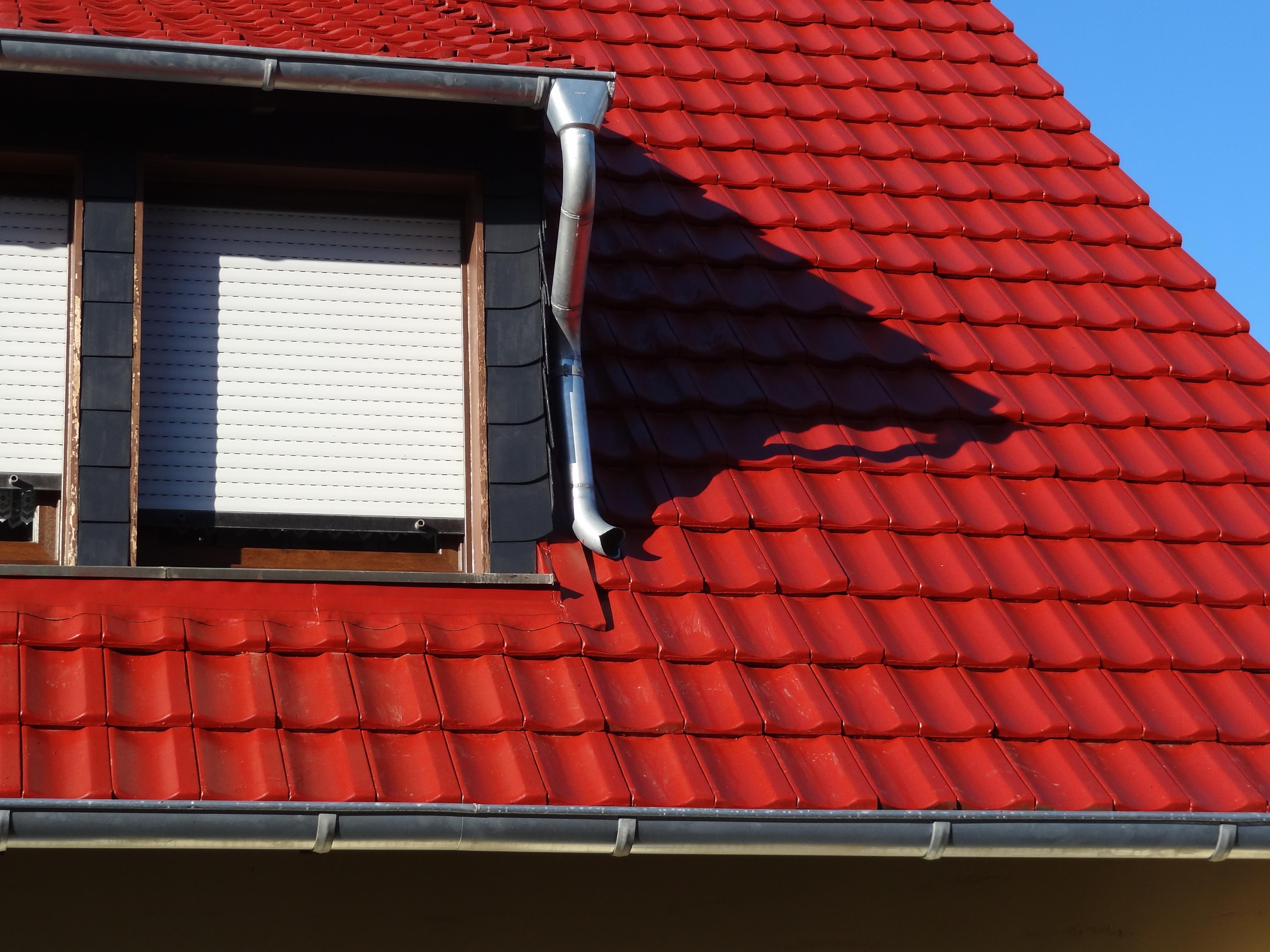 Neufeld Dachbeschichtung - Dachbeschichtung vom Meister - Bestes Material